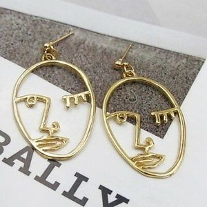 Minimalist Femme Face Earrings